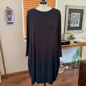 Marla Wynne black matte jersey dress w/ pockets